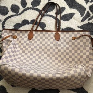 6119fda04ef3 Women s Louis Vuitton White Checkered Bag on Poshmark